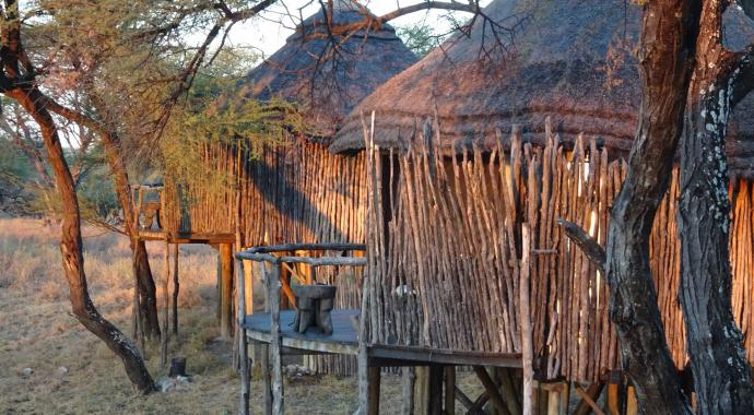 Tree Top Camp im Onguma Game Reserve