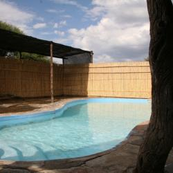 Dqae Lodge bei Ghanzi