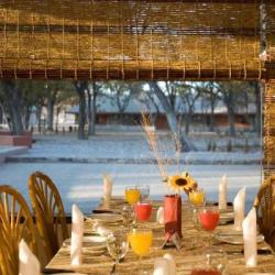 Das Frühstück im Halali Camp im Etosha Nationalpark