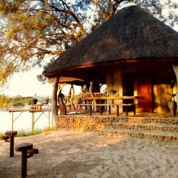 Selfcatering Unterkunft am Okavango Fluss