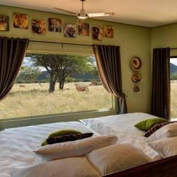 Zimmer im Okonjima Plains Camp